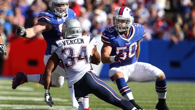 Bills LB Kiko Alonso pursues Patriots running back Shane Vereen during the 2013 season at Ralph Wilson Stadium.