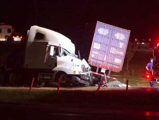 Truck-head-on-01.jpg