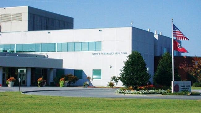 Roane State's Oak Ridge Campus at 701 Briarcliff Ave.