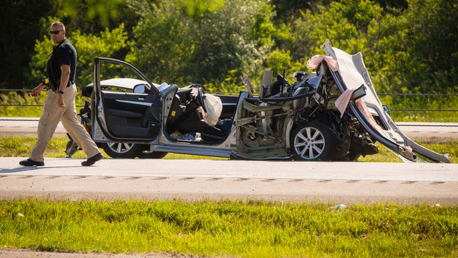 Accident on southbound Interstate 35 near 1st Ave exit in Ankeny blocking the southbound traffic Friday June 10, 2016.