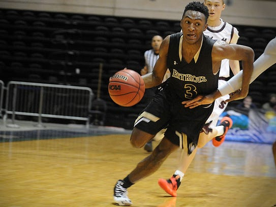 Immanuel Quickley, a highly-ranked prospect, plays