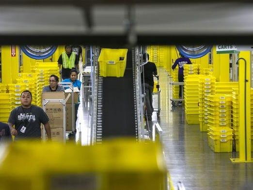 Amazon - hiring 80,000
