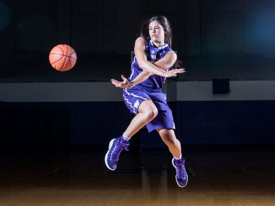 Kelsey Plum is known for her scoring, but also dishes