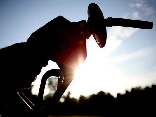 635590835999025729-gas-prices-3