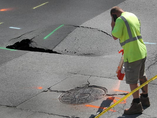 Sinkhole at the intersection of Ohio and Pennsylvania Streets
