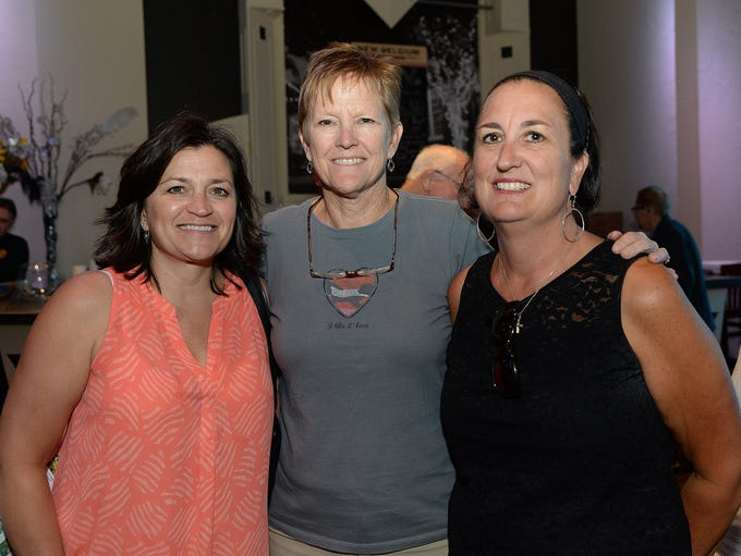Lea Ann Simmons, Margaret Deavours and Pam Holmes