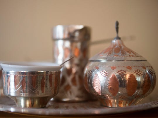 The coffee set from Sarajevo is copper plated with