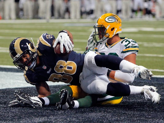 Packers_Rams_Football__cspeckha@greenbay.gannett.com_6