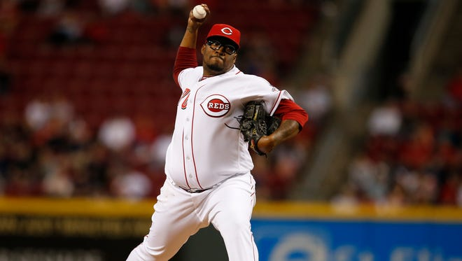 Cincinnati Reds relief pitcher Jumbo Diaz (70) delivers to the plate in the seventh inning during the MLB game between the Cleveland Indians and the Cincinnati Reds, Wednesday, May 18, 2016, at at Great American Ball Park.