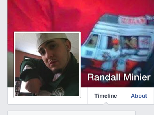 635537210605025138--90-Randall-Minier
