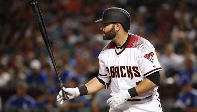 Arizona Diamondbacks catcher Alex Avila (5) prepares to bat against the Los Angeles Dodgers during the sixth inning at Chase Field in Phoenix April 2, 2018.