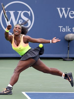 Serena Williams defeated Simona Halep,  6-3, 7-6 (5) in the Western & Southern Open finals.