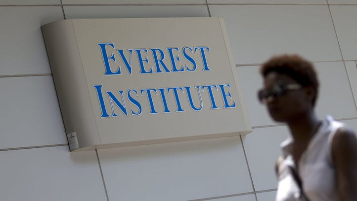 Student loans: Former Corinthian Colleges students win a reprieve in fight with feds