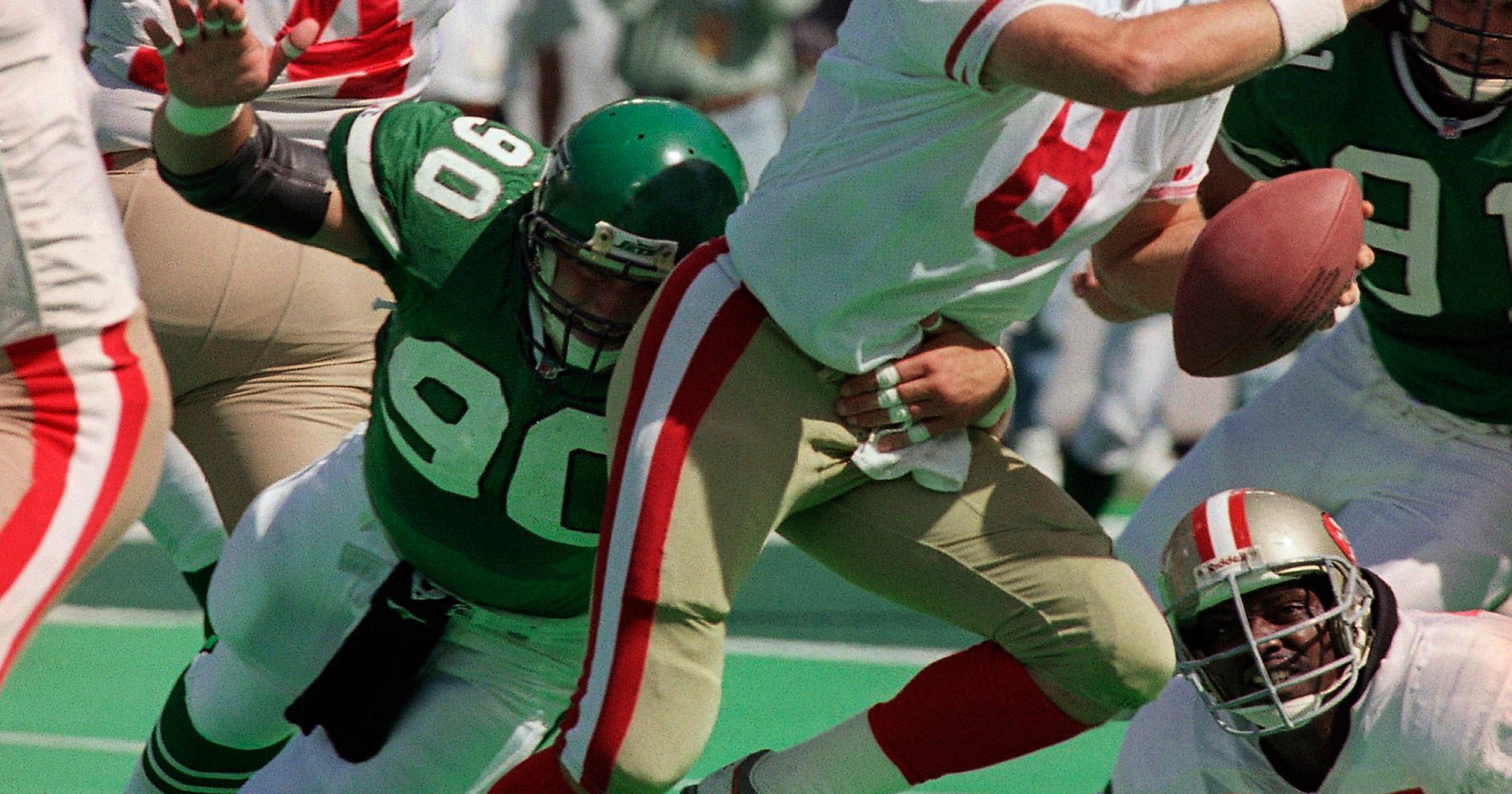 41b2bf847f8 Former NFL player Dennis Byrd killed in car accident