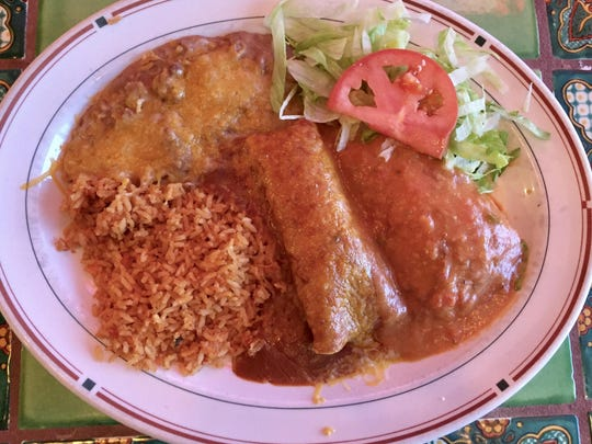 A regular combination plate at Casa Grande 2 features