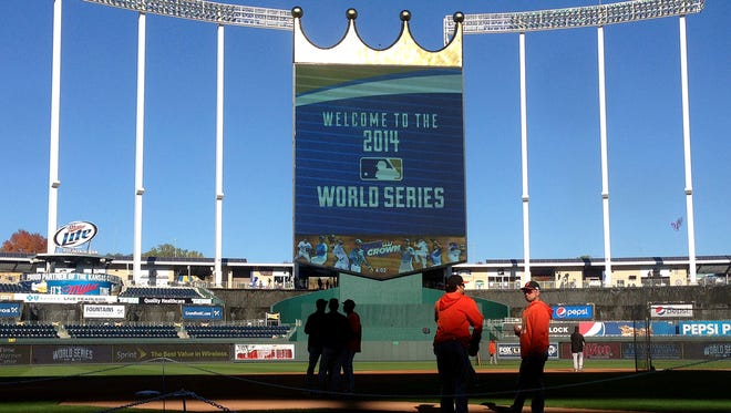 The San Francisco Giants practice Monday, Oct. 20, 2014 at Kauffman Stadium in Kansas City, Mo. The San Francisco Giants play the Kansas City Royals in Game 1 of the World Series on Oct. 21.  (Nhat V. Meyer/Bay Area News Group/MCT)