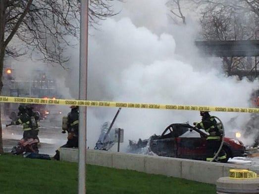 2 dead in crash of seattle tv chopper. Black Bedroom Furniture Sets. Home Design Ideas