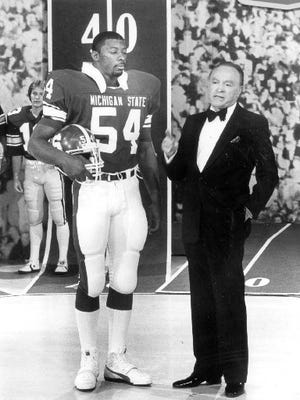 "Michigan State All-American linebacker Carl Banks appeared on ""The Bob Hope Show"" Christmas Special on Dec. 19, 1983."