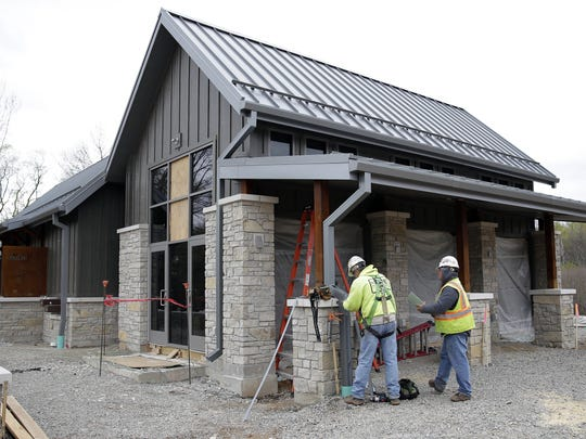 The Green Bay Botanical Garden's new Grand Garden includes a building with a classroom or rental space for meetings, restrooms, concessions and a catering kitchen.