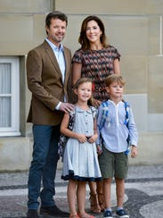 Even royalty can't avoid the obligatory school picture.