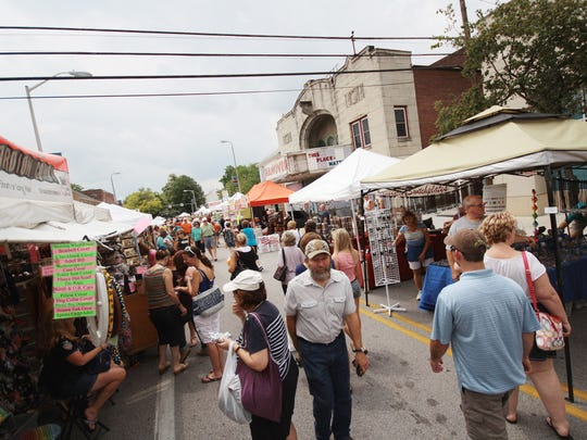 Crowds pack Frederick Street near downtown Hanover