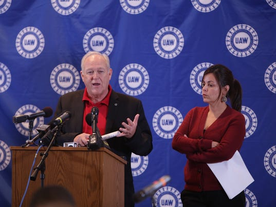 Uaw Gm Deal Would Improve Newer Workers 39 Health Plan