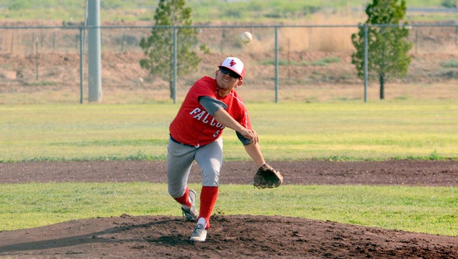 Loving's Josh Leija fires a pitch against Tularosa on Tuesday.