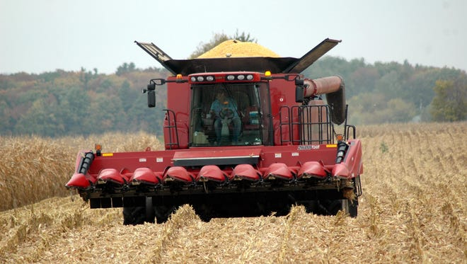 Wisconsin corn yields are coming in over the top this year, breaking records for total production and  bushels per acre.