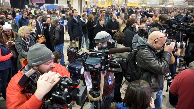 At noon on Friday, Jan. 8, hundreds gathered in the food court of the 100th Pennsylvania Farm Show to hear the announcement of a new flavor of milkshake. Strawberries and Cream joined the traditional vanilla and chocilate being sold at the show.