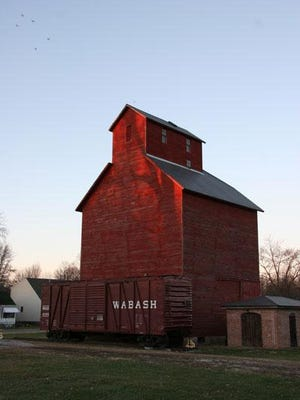 J.H. Hawes Grain Elevator  in Atlanta is Illinois' only fully restored wooden grain elevator listed on the National Register of Historic Places. An outdoor, self-guided interpretive tour allows visitors to experience the Elevator Museum anytime.
