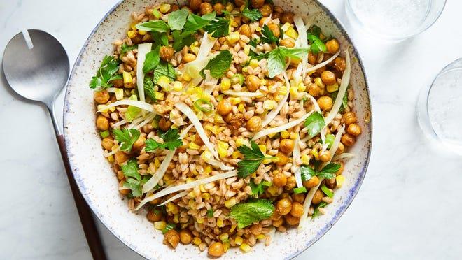 Farro salad with corn and crispy chickpeas