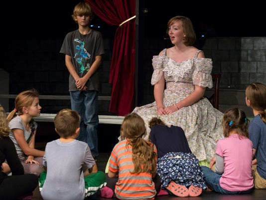 connections-lakeview play_04.jpg