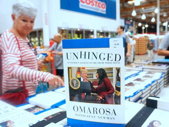 Omarosa acaba de lanzar su libro 'Unhinged' en el que
