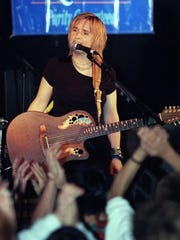 Melissa Etheridge, pictured in 1999, plays Jenkinsons Pavillion in Point Pleasant Beach.
