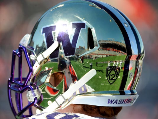 NCAA Football: Washington at Arizona