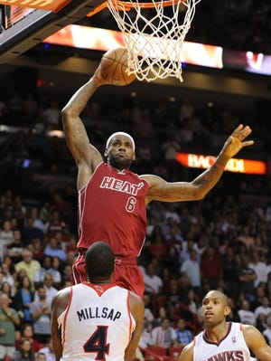LeBron James (6) scored a game-high 38 points for the Heat.