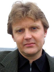 Alexander Litvinenko, former KGB spy who defected to