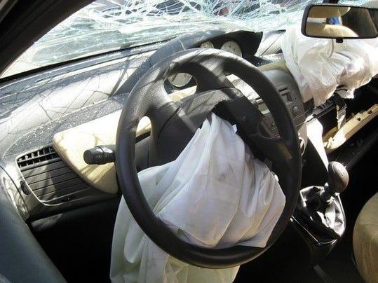 airbag-car-crash-accident-windshield-takata-getty_large.jpg
