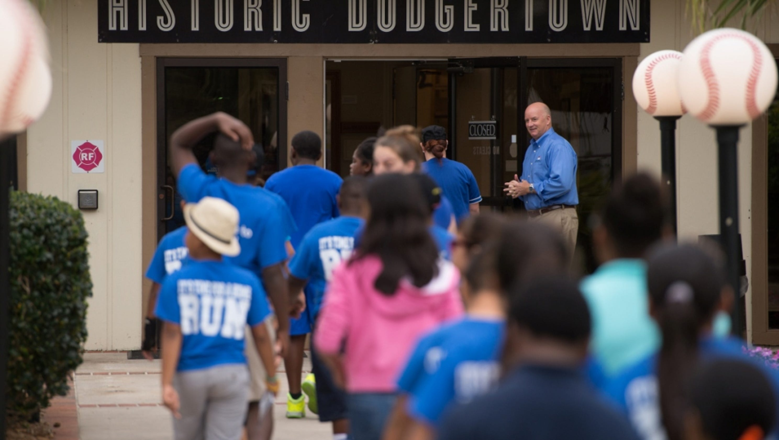 Dodgertown Elementary School students get interactive history lesson
