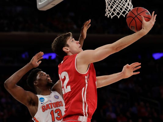 636263042513292494-AP-NCAA-Wisconsin-Florida-Basketball.jpg