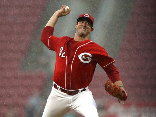 Cincinnati Reds starting pitcher Matt Harvey throws against the Milwaukee Brewers in the sixth inning at Great American Ball Park in Cincinnati, Ohio, on Sunday, July 1, 2018.