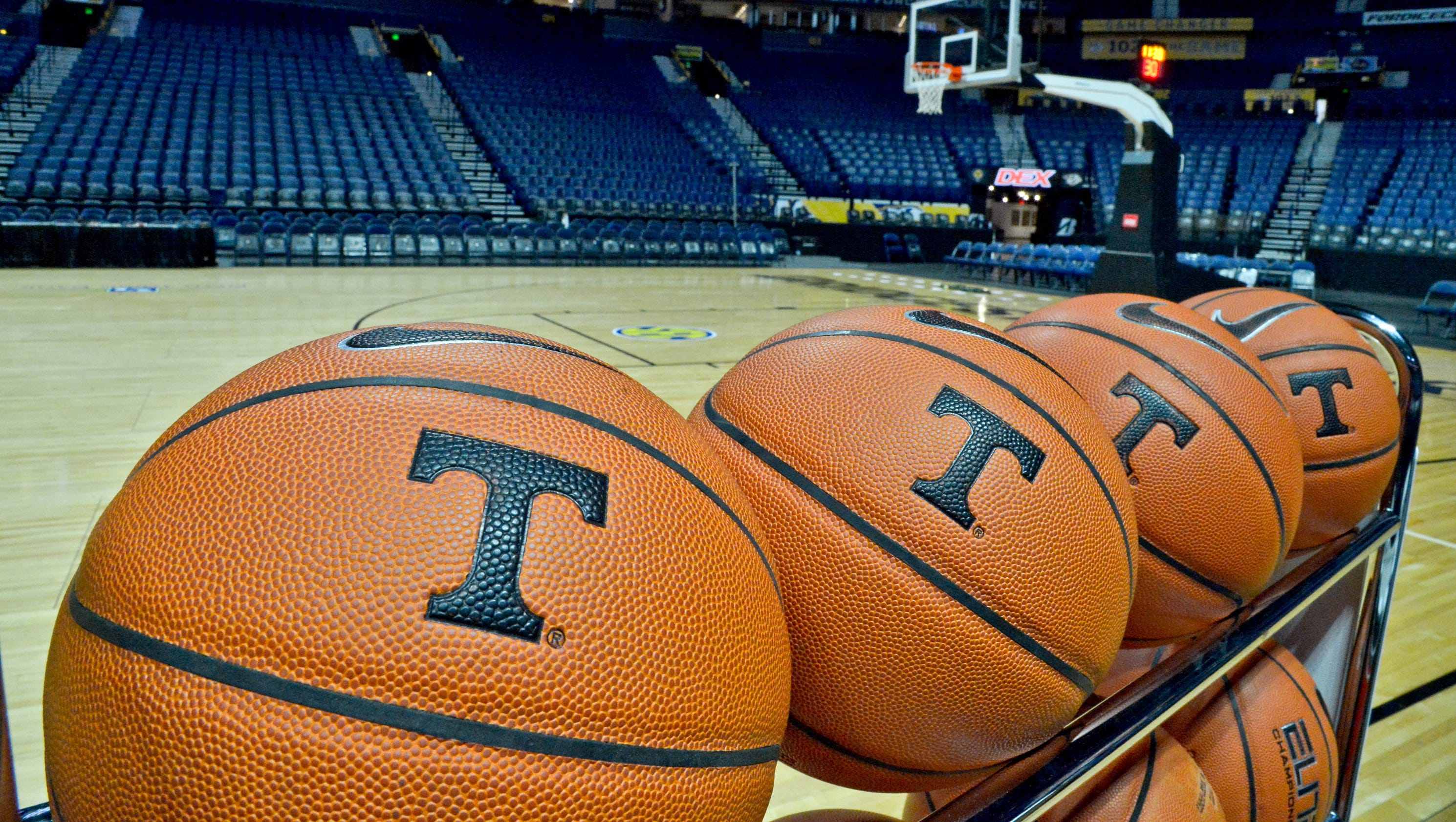 The latest Mens Basketball news rumors GIFs predictions and more from All for Tennessee