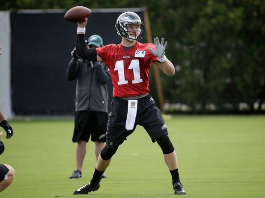 Philadelphia Eagles quarterback Carson Wentz (11) throws
