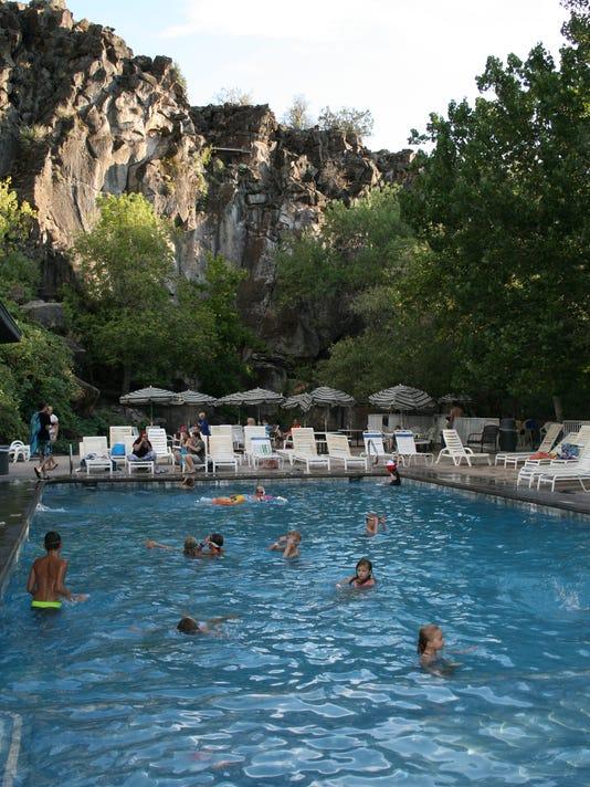 Veyo Pool