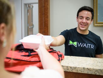 Waitr announces resignations of CFO, 2 board members