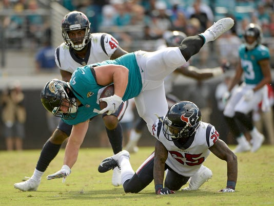 559054d4 Jaguars implode in locker room after latest lopsided loss
