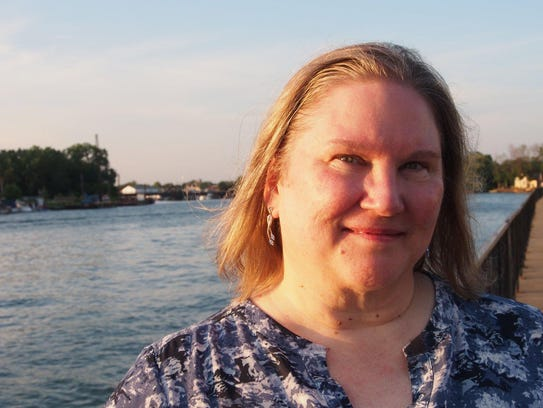 Anne Bishop will be the author guest of honor at RoberCon.