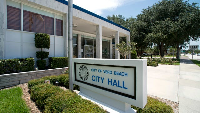 By next sumer, customers of Vero Beach electric utility will be able to view and pay their bills online. The City Council tuesday approved $73,000 for the new system.