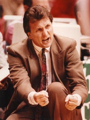 Bob Huggins took the 1991-92 Cincinnati Bearcats to the Final Four, and the team is now being inducted into the Greater Cincinnati Basketball Hall of Fame.