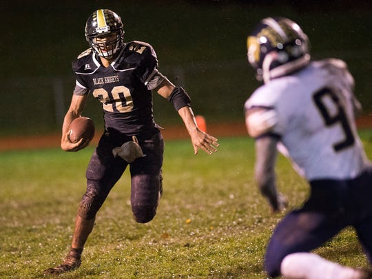 Windsor running back Dante Kimbrough rushes the ball during the third quarter of Windsor's 27-14 win over Susquehanna Valley on Friday.